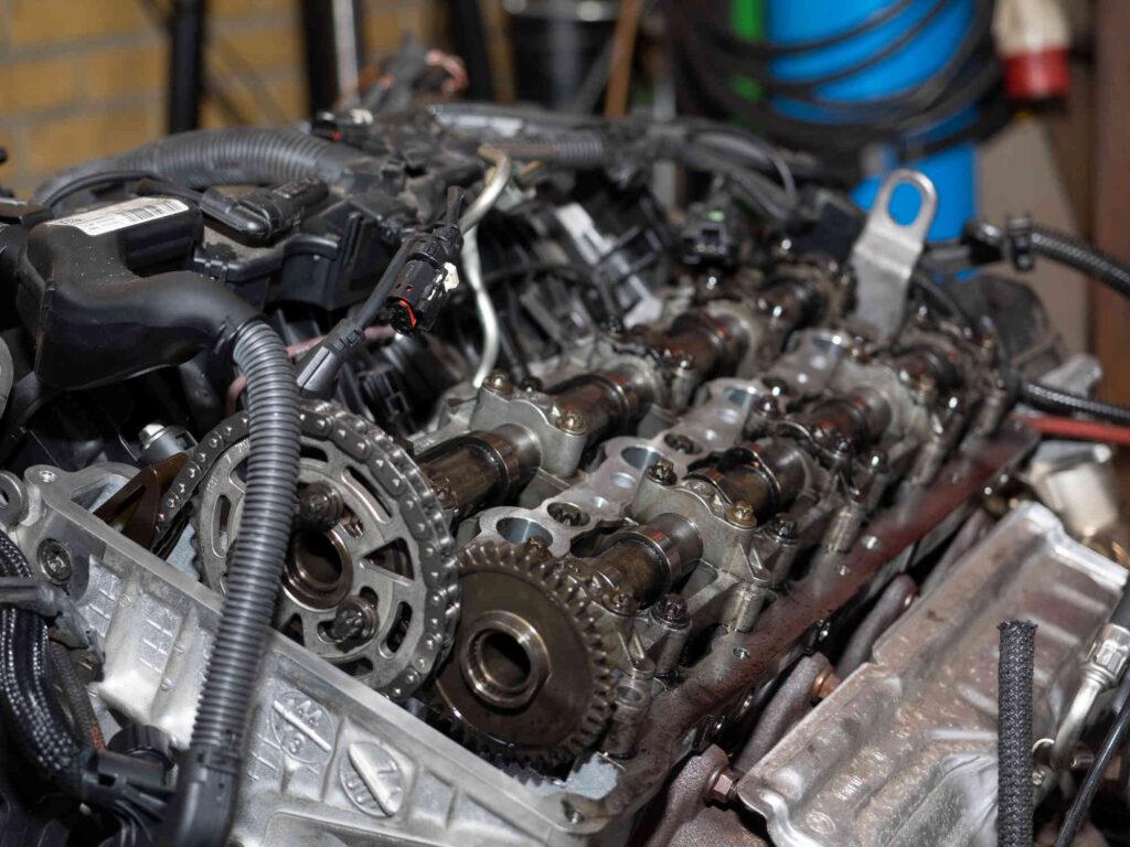 Autobedrijf Wierden Werkplaats motor